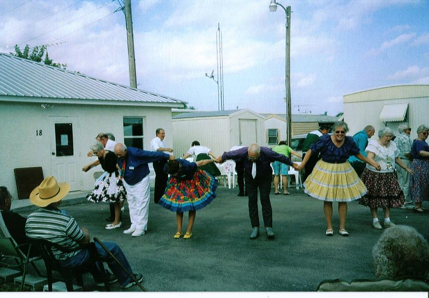 Picture of dancing at the picknic
